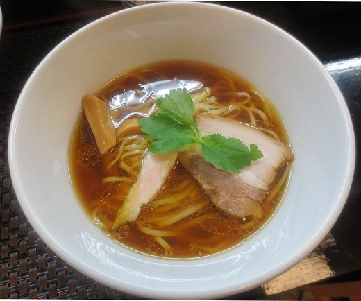 鶏そば(¥670)