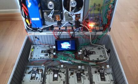 20140524a_BacktotheFutureDiskDrive_01.jpg