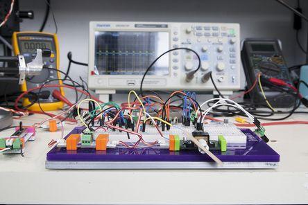 20140828a_littleBitsProtoModule_03b.jpg