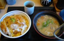 極厚カツ丼01