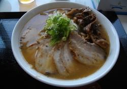 やまふく徳島ラーメン肉ダブル01