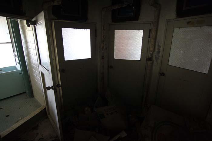 廃墟_円形ホテル「エノモト」_円の中心