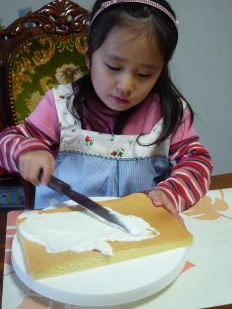 ケーキ作りP1270977