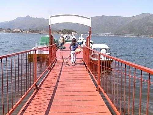 4月8日・河口湖ボート①