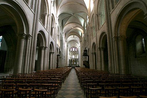 カン・サンテティエンヌ大聖堂