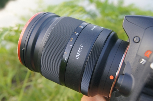 Sony STF135mm T4 5(F2 8)