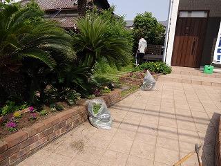 ★モデルハウスのお花植え006