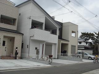 ●岸和田にも≪デザイナ-ズ・ハウス≫の街並みが・・