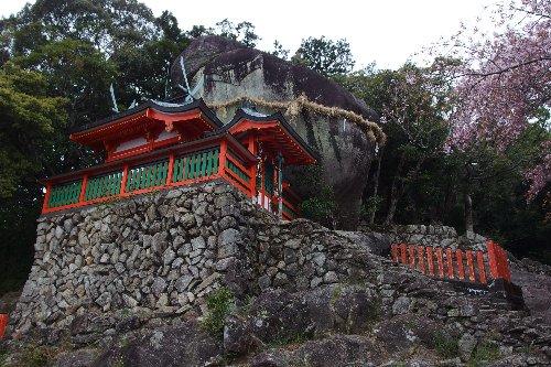 コトビキ岩