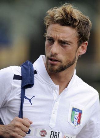 Claudio-Marchisio-season-2012-2013-claudio-marchisio-32347274-741-1024-e1402073133130[1]