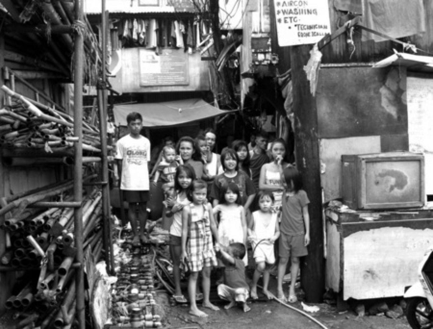 Slum_community201312