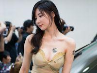 韓国美人レーシングガール Yeon Da Bin セクシー画像
