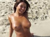 ロケット巨乳おっぱいのアジアン美女 6
