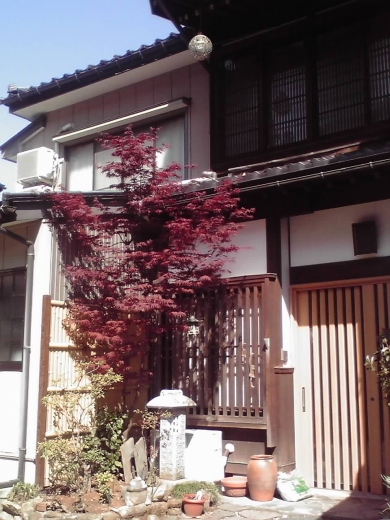諏訪町の居宅