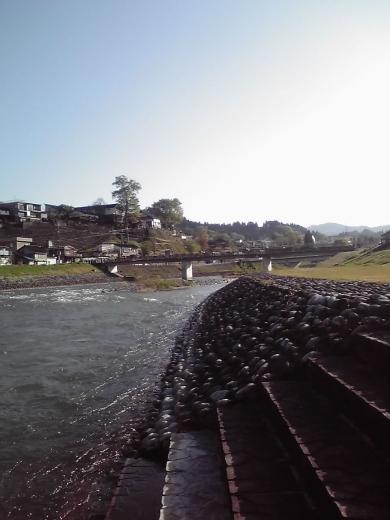 井田川の流れ2