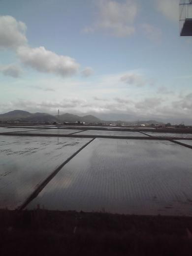 琵琶湖線の車窓から①