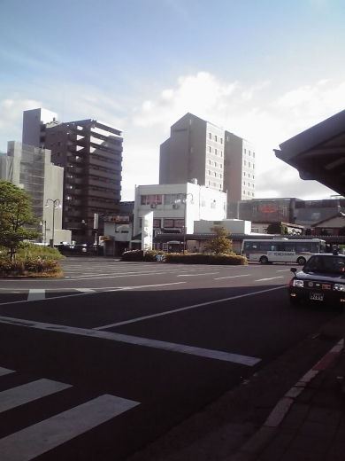 近江八幡駅前広場①