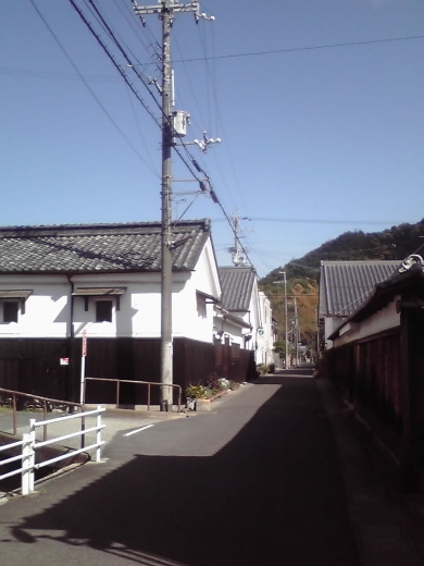八幡別院門前