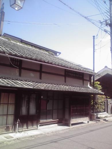 京街道筋の街並み