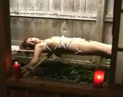 蝋燭責め&浣腸噴射 - エロ動画 アダルト動画