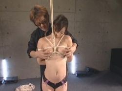美若妻を天井から吊ってイカセ地獄攻め♪Part1 - エロ動画 アダルト動画