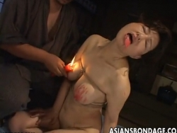 Busty Japanese chick in hot wax BDSM action - XVIDEOS.COM(3)