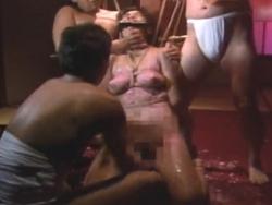 緊縛人妻の蝋責め!尻に足裏、乳首に全身蝋燭拷問にぐったりするM奴 - エロ動画 アダルト動画