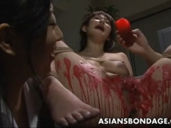 Asian babe get her privates covered in wax. - XVIDEOS.COM(2)