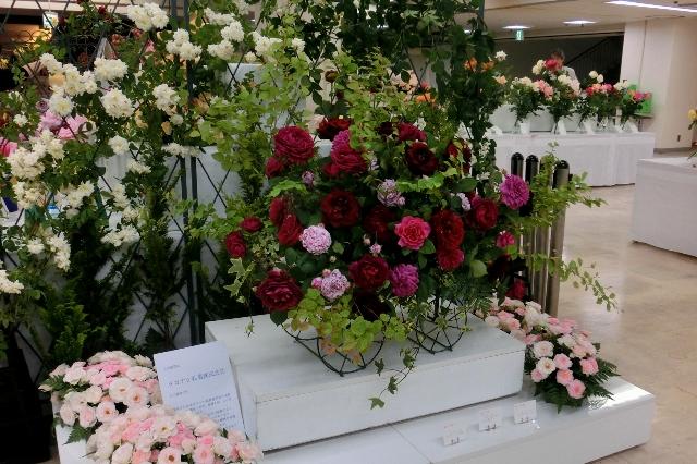 バラの盛花