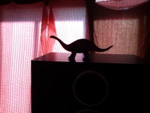 スピーカーと恐竜