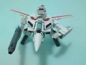 フルスクラッチ 1/144 VF-1J 20