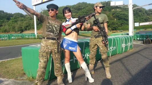 軍曹&少佐01