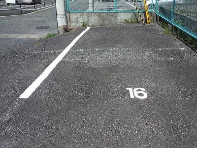 駐車場ライン2