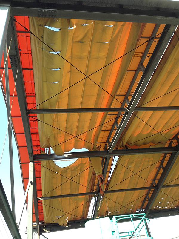 大型テント1