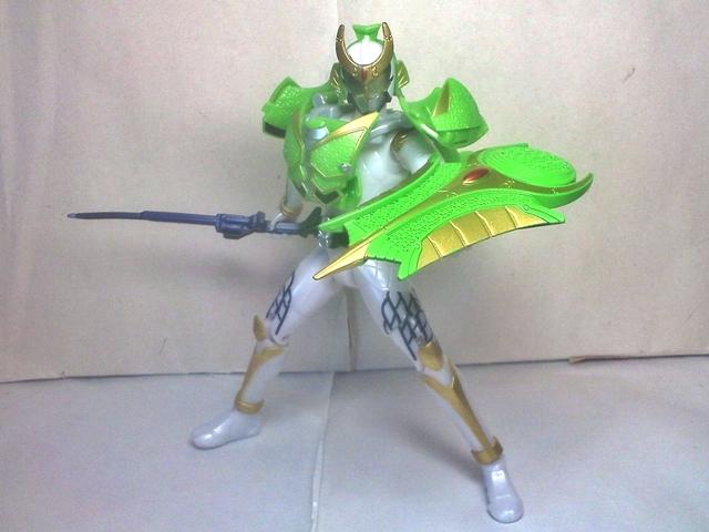AC05仮面ライダー斬月メロンアームズ36