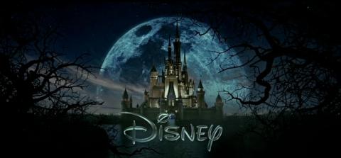 物語そのままをディズニーのロゴにした「Into the Woods」