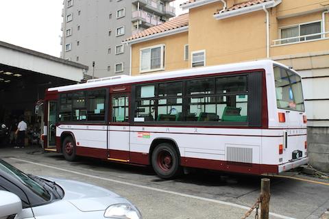 国際興業 9501