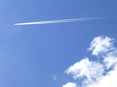 14 6/23 ひこうき雲