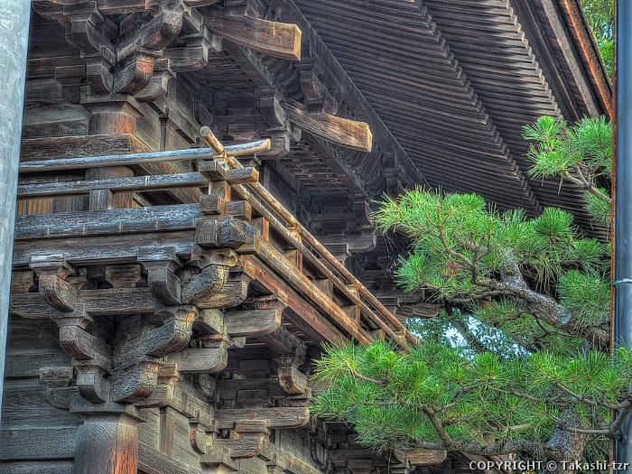 円鏡寺楼門