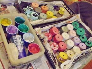 一日中雨~(ToT)/~~~なので室内でリメ缶思いのままに色を合わせて塗り塗り~楽しい(^◇^)2014.03.05