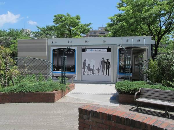 南砂三丁目公園内に開設された「メトロ・スナチカ」