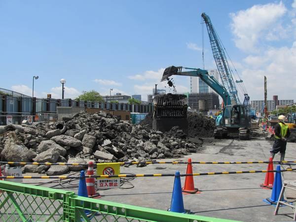 新砂あゆみ公園の東端。営団5000系保存車体は跡形も無く消滅した。