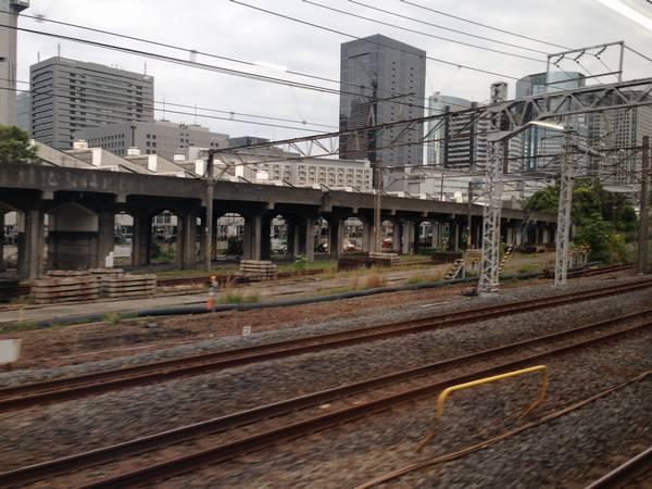 京浜(急行)線用に準備されていた高架橋。
