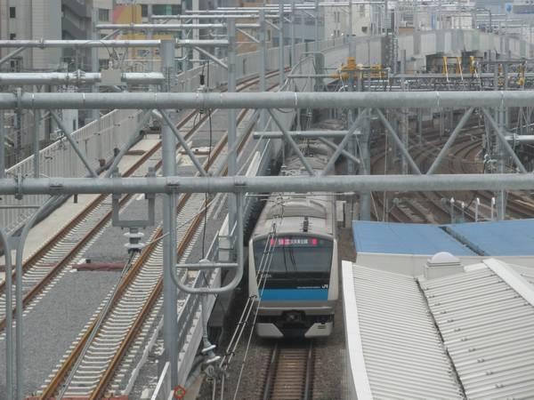 秋葉原駅総武線ホームから見た東北縦貫線の線路