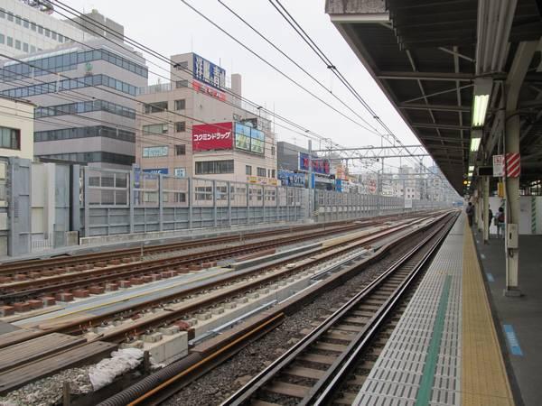 同じく完成した御徒町駅付近の線路。