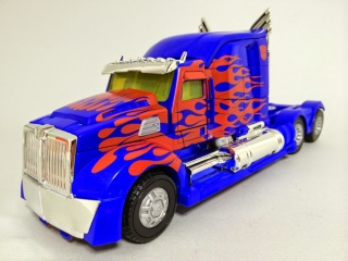 TF4LeaderOptimus (8)