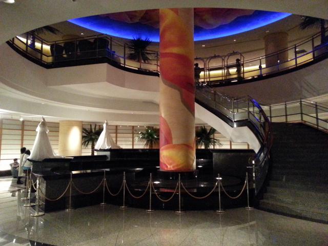 横浜ベイホテル東急の入り口・ロビー (2)