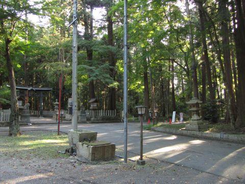 旧東海道 田村神社境内