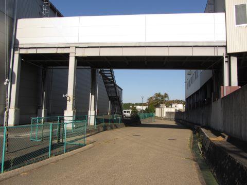 旧東海道 高尾金属工業