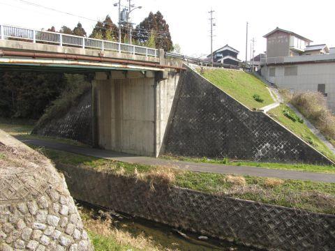 京口坂橋と竜川